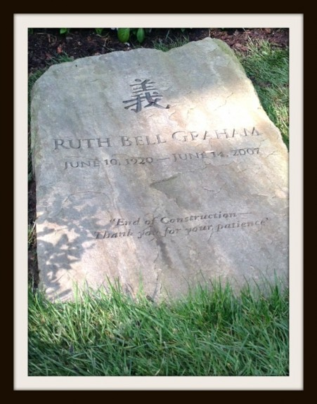 Ruth Graham headstone